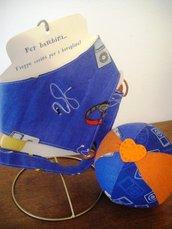 Set regalo nascita bavaglino, catenella portaciuccio e palla di stoffa