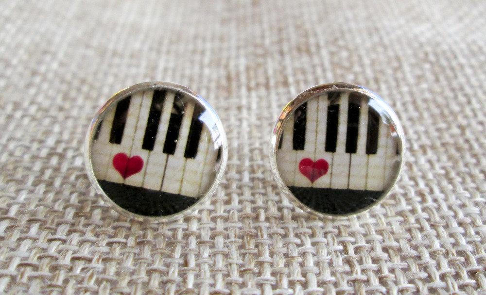 Orecchini in resina pianoforte con cuore