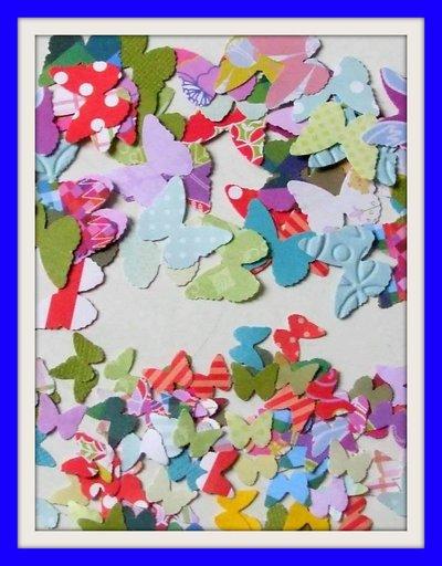 Lotto 20 farfalle carta + 10 piccole in omaggio per scrapbooking e cardmaking