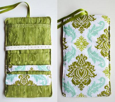 Porta gioielli da viaggio in tessuto - fantasia arabesco verde mela azzurro