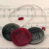 C14.14 - Collana in argento con bottoni vintage rossi - Linea Retro