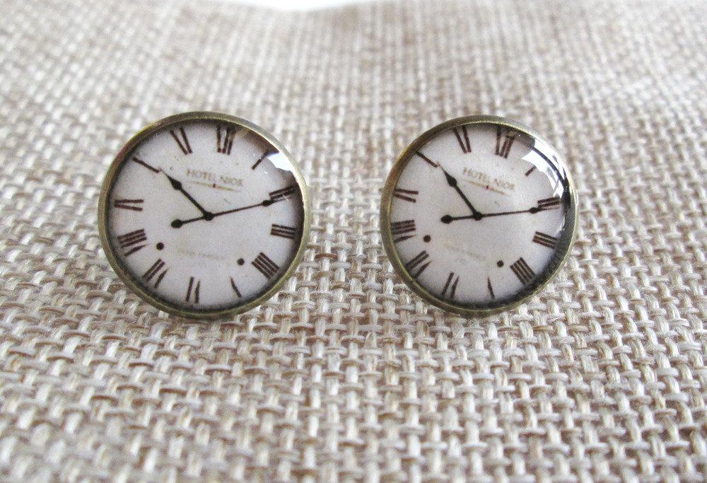 Orecchini in resina - orologio vintage - supporto color bronzo antico