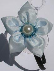 Cerchietto raso con fiore azzurro