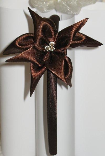 Cerchietto marrone con fiore stile kanzashi a 9 petali
