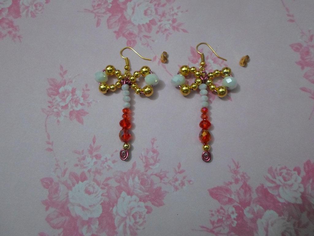 orecchini pendenti fatti a mano croce