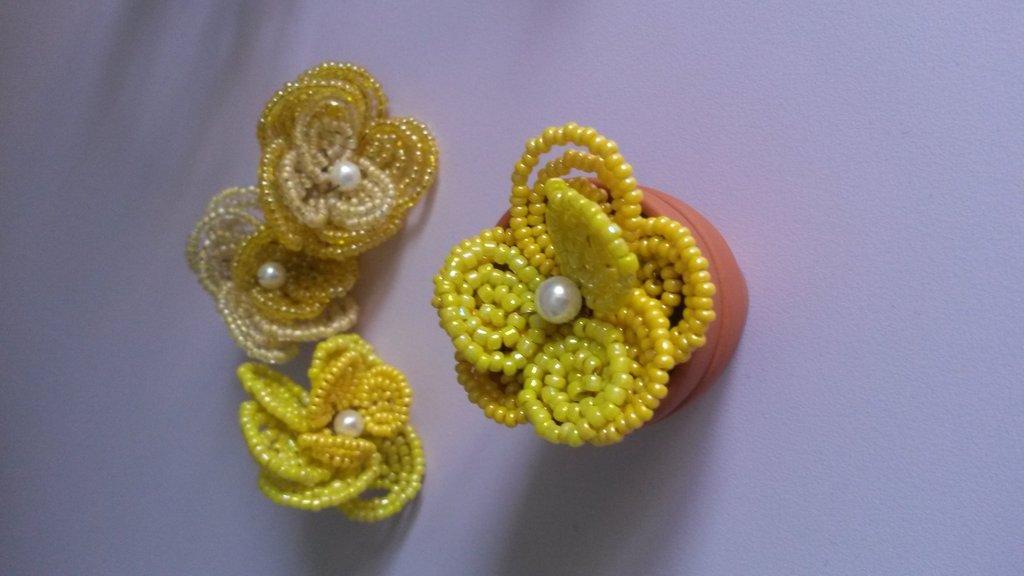 Fiorellini di perline