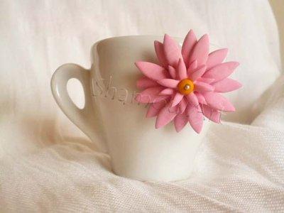 Bomboniera tazzina caffè con fiore in Fimo