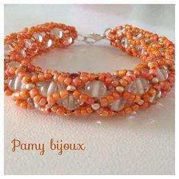Bracciali fatti a mano con perle di murano