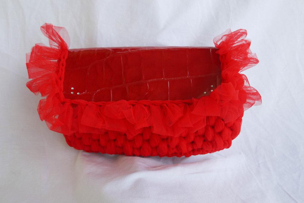 Borsetta  in fettuccia di tulle  fatta a mano all'uncnetto, Crochet hand made