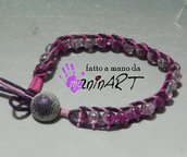 bracciale stile Chan Luu in cotone cerato e perle vetro craquelè viola