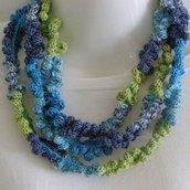 collana arricciata in cotone multicolore