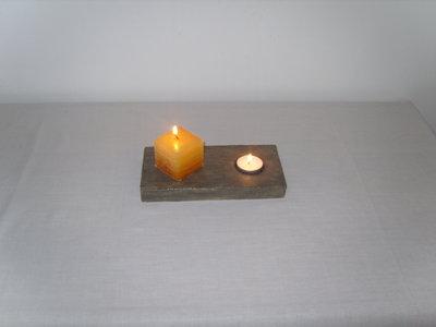 Porta candele fatto a mano in gesso