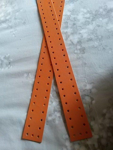 Striscia fustellata arancio