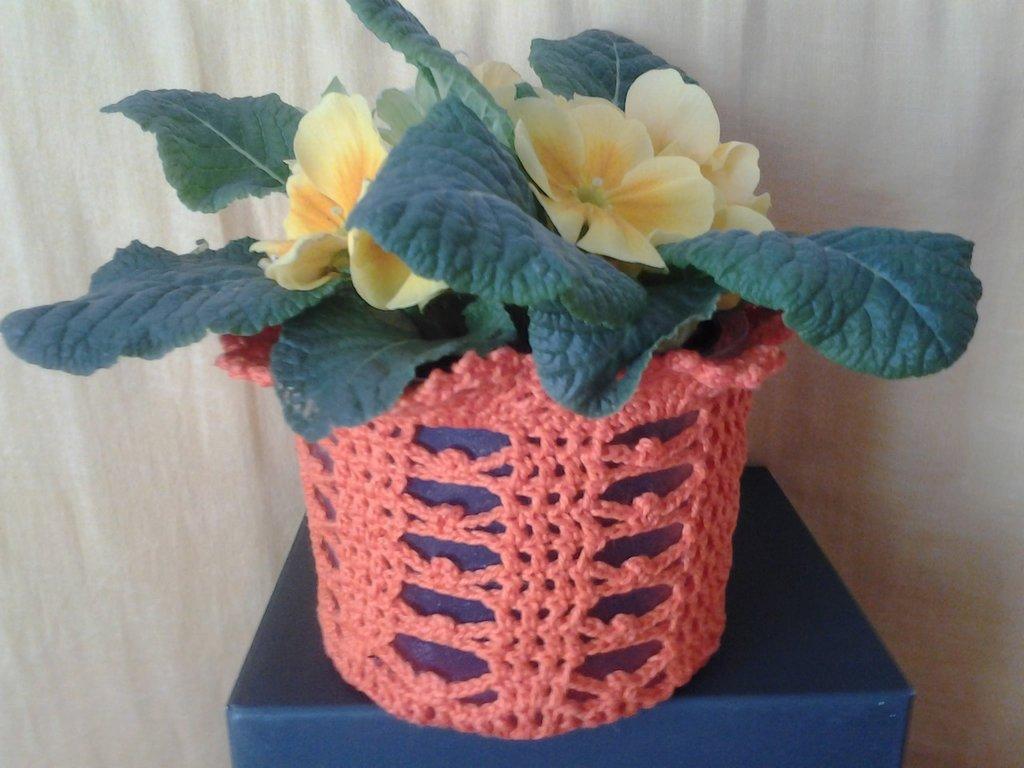 Copri vaso arancio reciclo creativo uncinetto