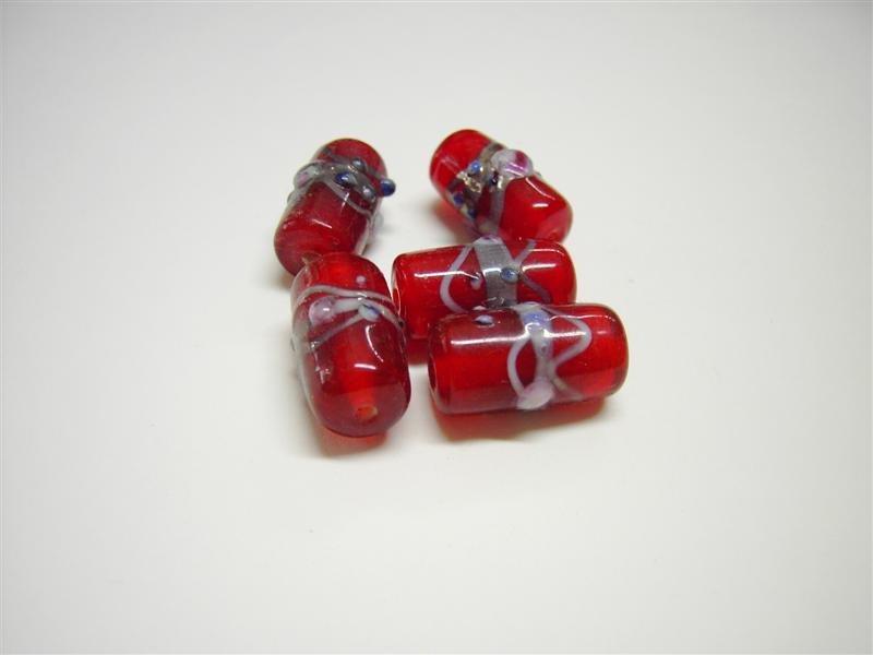 Perle in vetro cilindro rosse
