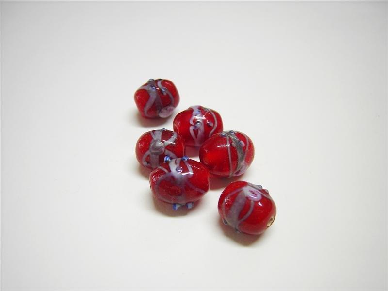 Perle in vetro ovali rosse