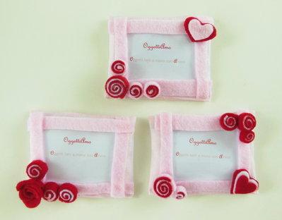 20 Cornice in feltro rosa e rosso: Bomboniere, calamite, idee regalo per ricordi che arredano!