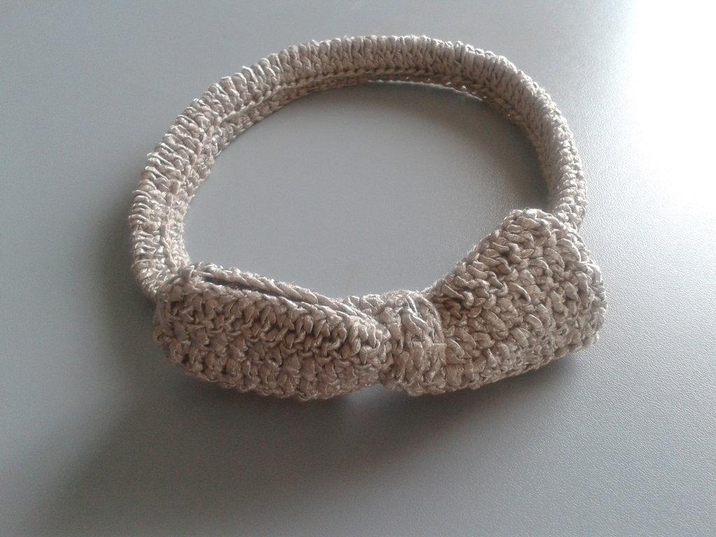 fascia per capelli ad uncinetto bimba