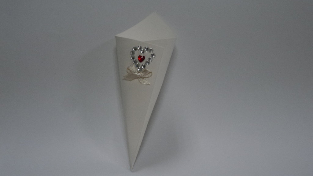 coni riso confettata artigianali cuore diamante rosso strass argento