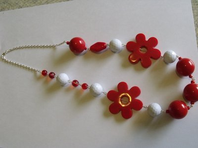 collana red flower