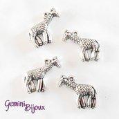 Charm giraffa argentato 24x24