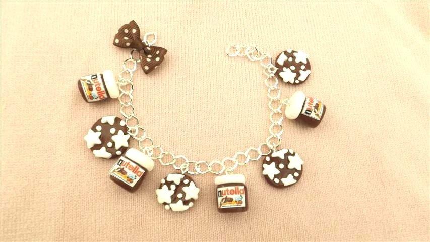 Bracciale con barattoli nutella e biscotti   pan di stelle   - fimo - charms ciondolo