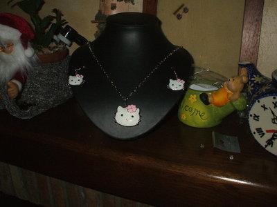 collana e orecchini hello kitty