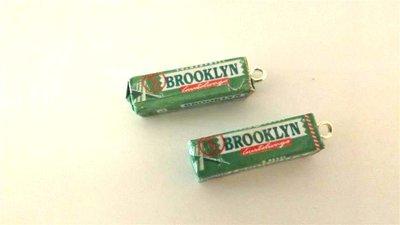 REVIVAL ANNI 80 - UN CIONDOLO a scelta tra queste  gomme BROOKLYN alla clorofilla    - fimo - charms per orecchini bracciali