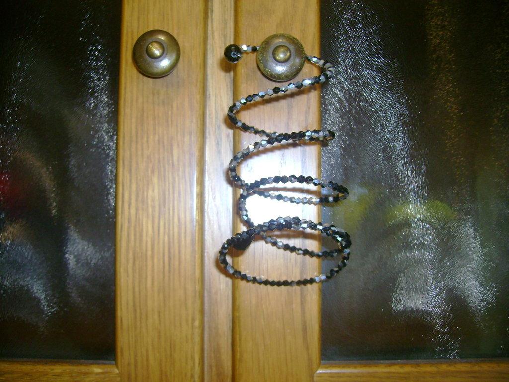 bracciali artigianali in pietre dure e metallo