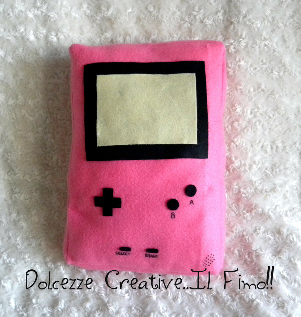 Cuscino Game Boy Rosa kawaii handmade pannolenci idea regalo - HANDMADE -