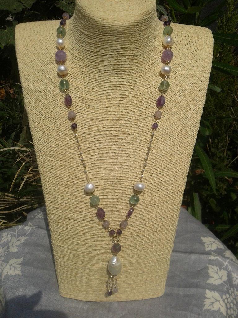 collana con pietre dure perle e catenella di argento 925