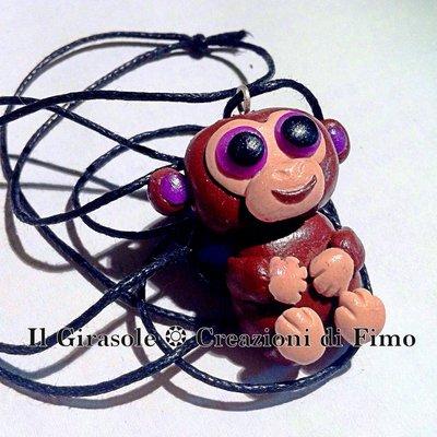 Collana in filo di cotone cerato con scimmietta marrone in fimo