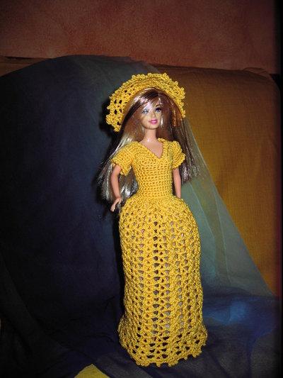 Abito barbie uncinetto di colore giallo per la casa e for Oggetti di colore giallo