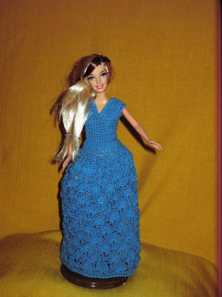 Abito barbie colore turchese per la casa e per te - Barbie senza colore ...