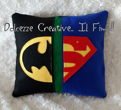 Cuscino Pannolenci Batman VS Superman supereroi idea regalo - HANDMADE -