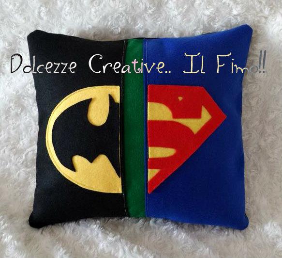 Cuscino Pannolenci Batman VS Superman supereroi idea regalo - HANDMADE -