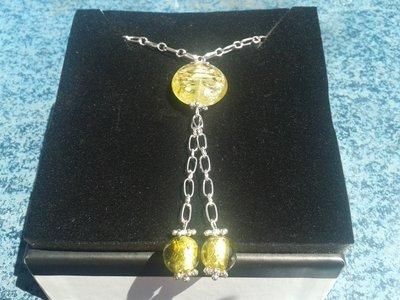 collana con pendenti verde oro
