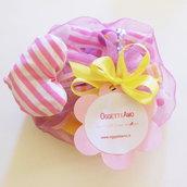 Confezione regalo personalizzata per ghirlanda di lettere di stoffa rosa e gialla