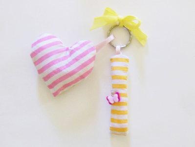 Bomboniera 'Lettera di stoffa imbottita decorazione farfallina': un'idea regalo per stare sempre vicino ai vostri cari!