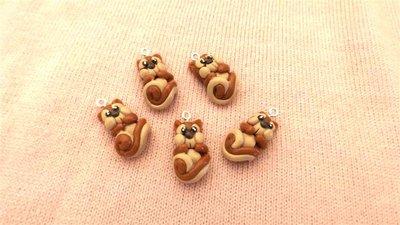 UN CIONDOLO A SCELTA - fimo - SCOIATTOLO - per orecchini, bracciali, braccialetti, collane