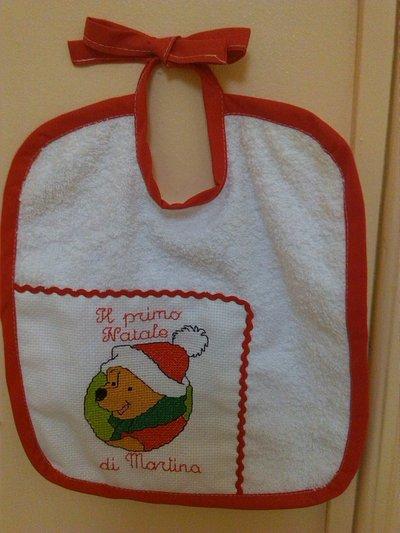 Bavaglino ricamato Martina e il primo Natale