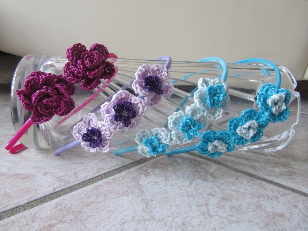 CERCHIETTO con fiori di cotone