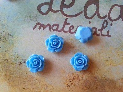 Cabochon rosa - colore azzurro