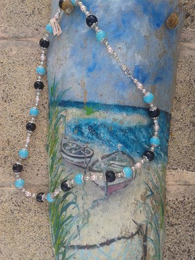 Collana artigianale fatta a mano con pietre dure e perle