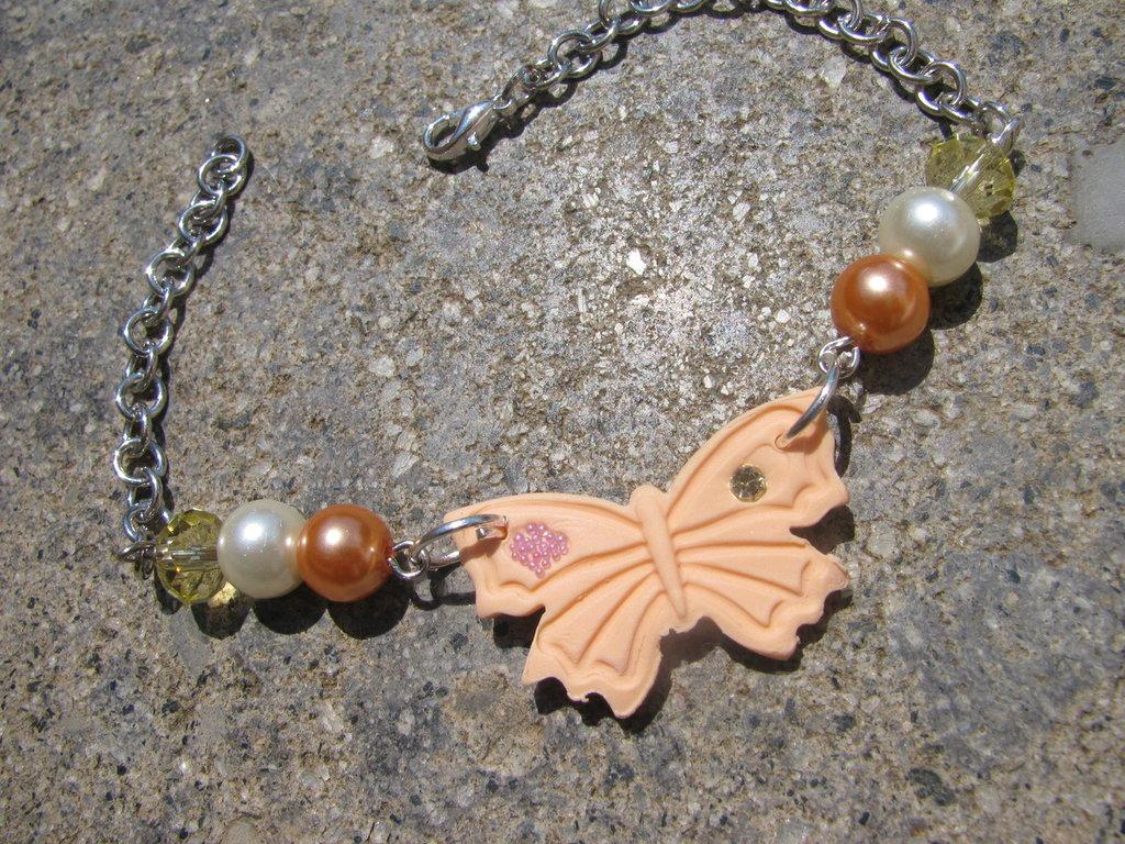 Bracciale Farfalla Colorata decorata con perle