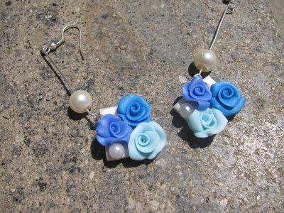 Orecchini piccolo cammeo con rose