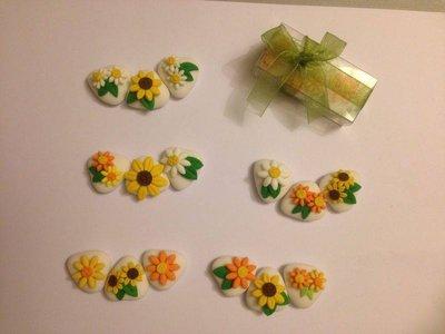 confetti con margherite colorate