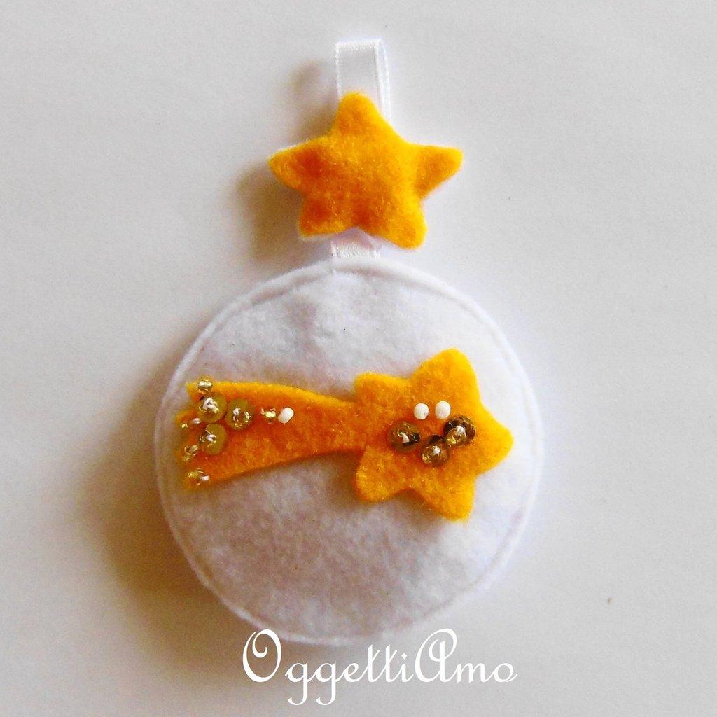 Addobbo COMETA in feltro bianco e giallo, la decorazione per l'albero di Natale in morbido pannolenci!