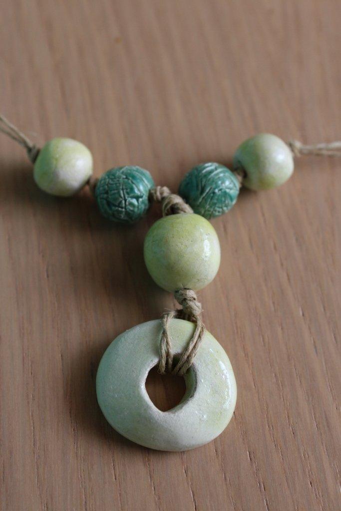 collana in ceramica verde