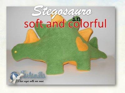 Stegosauro tutto da coccolare